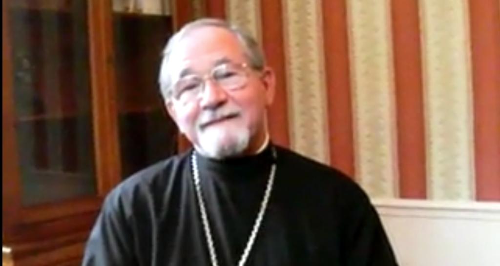 Vidéopodcast : interview du père Thomas Hopko sur l'orthodoxie en Amérique du Nord