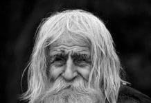 """""""Bulgarie : mendiant, centenaire, et plus gros donateur de l'Eglise"""""""