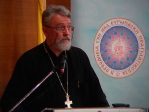 La conférence du père Jivko Panev à Thessalonique lors du colloque sur la communication organisé par l'Assemblée interparlementaire de l'orthodoxie