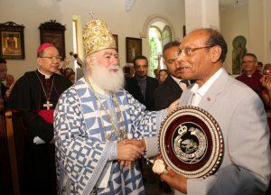 Tunisie: le président tunisien, Moncef Marzouki, a assisté à la célébration orthodoxe de la Pentecôte à Tunis