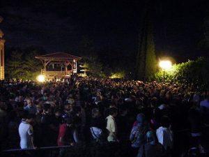 120.000 personnes ont vénéré la tombe de l'Ancien Païssios le jour du vingtième anniversaire de son trépas