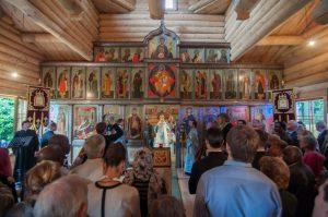 Un reportage vidéo sur l'inauguration de l'église en bois du Séminaire orthodoxe russe et les journées du patrimoine