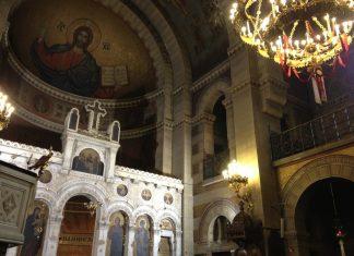 Reprise des divines liturgies mensuelles en français à la cathédrale Saint-Etienne à Paris