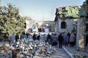 Ukraine: au Donbass, poursuite de la vie liturgique dans les ruines des églises