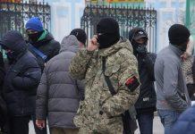 La cathédrale orthodoxe de Soumy (Ukraine) a été attaquée par le mouvement « Pravy Sektor »