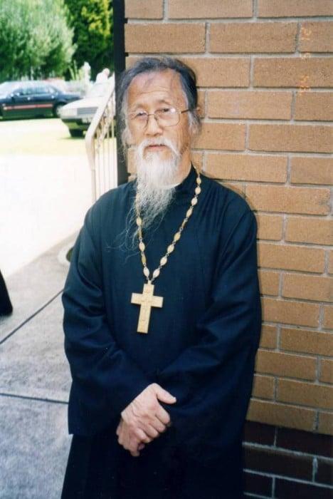 L'archiprêtre mitré Michel Li