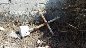 Une église orthodoxe a été détruite par les employés municipaux dans le sud de l'Albanie