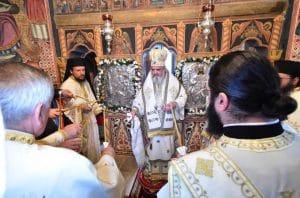 Le patriarche de Roumanie Daniel a consacré à nouveau l'ancienne église du monastère de Sinaia (diocèse de Bucarest) après sa restauration