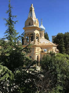 L'église Saint-Michel-Archange à Cannes - le bulbe tombé