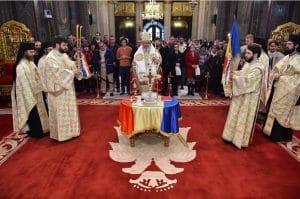 Te Deum en la cathédrale patriarcale de Bucarest pour la fête nationale roumaine