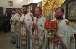 La nuit du 25 décembre, la liturgie de Noël a été célébrée selon le nouveau calendrier dans le musée dédié au métropolite Vladimir à Kiev