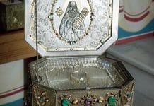 Les reliques de saint Silouane du Mont Athos seront amenées pour la première fois en Russie