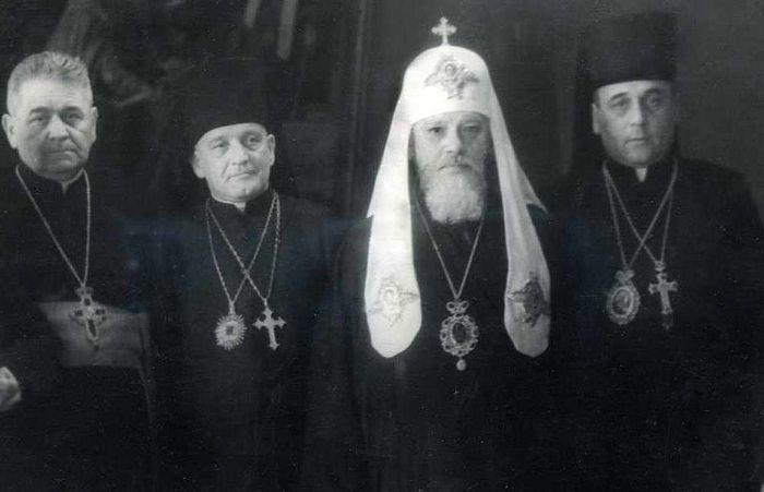 Les délégués du Concile de Lvov  avec le patriarche Alexis Ier