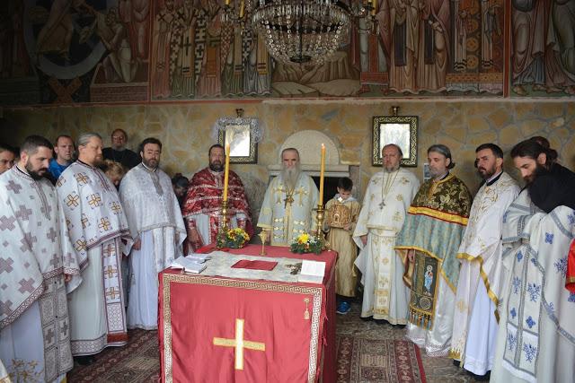 Le métropolite du Monténégro Amphiloque a célébré la fête de saint Siméon de Dajbabé