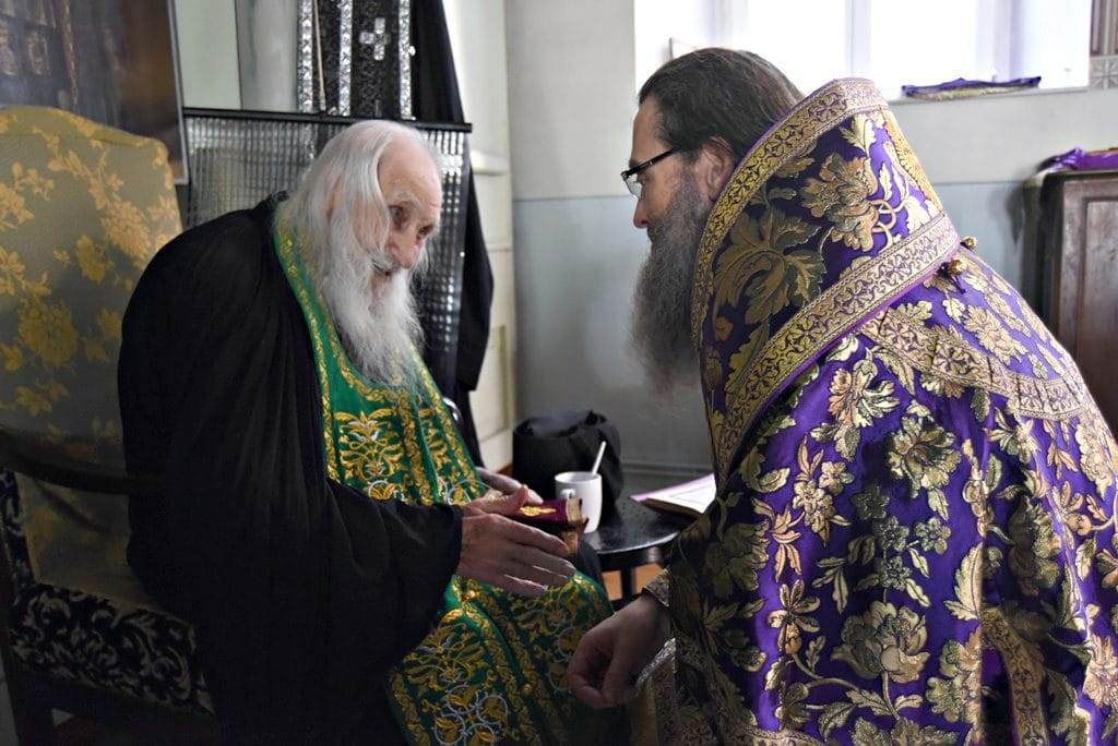 L'higoumène centenaire du monastère athonite de Saint-Pantéléimon a évoqué les conditions spirituelles pour établir la paix en Ukraine