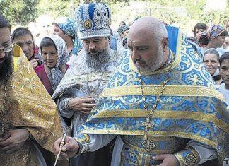«Un prêtre orthodoxe devient champion d'Ukraine de force athlétique»