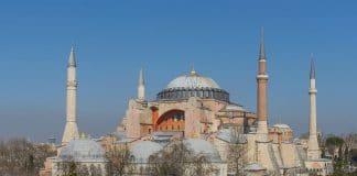 Inquiétudes sur l'islamisation de Sainte-Sophie à Istanbul