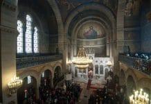 Reprise des divines liturgies mensuelles en français à la cathédrale Saint- Stéphane à Paris