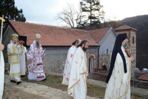 L'église du monastère de Devič (Kosovo) a été consacrée après sa restauration