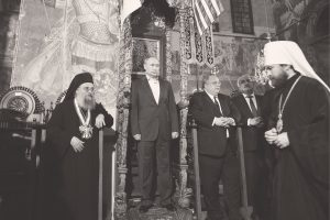 Comment Vladimir Poutine utilise-t-il l'Église orthodoxe dans la politique internationale?