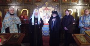 Visite du patriarche Cyrille de Moscou au cimetière orthodoxe russe de Sainte-Geneviève des Bois