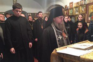Les étudiants du séminaire de Volyn (Ukraine occidentale) liront le Psautier sans interruption pendant tout le Grand Carême