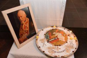 Office de commémoration annuelle de l'archiprêtre Ignace Peckstadt