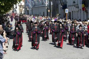 Le métropolite de Belgique à la grande procession de Bruges