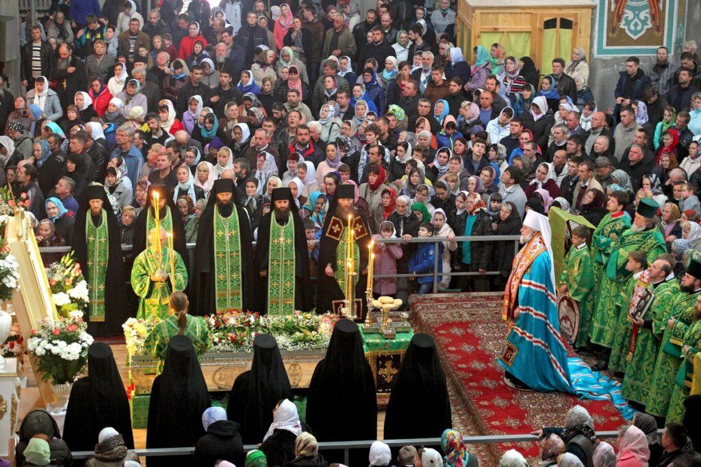 15ème anniversaire de l'exhumation des reliques de saint Amphiloque à la Laure de Potchaïev (Ukraine)