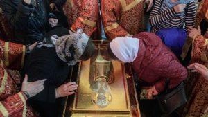 Russie: une délégation du Vatican attendue aujourd'hui pour rapporter les reliques de saint Nicolas à Bari