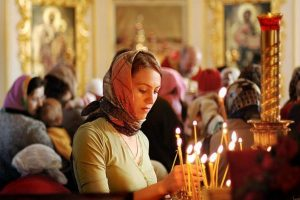 Deux tiers des Russes ont confiance dans leur Église, selon un sondage