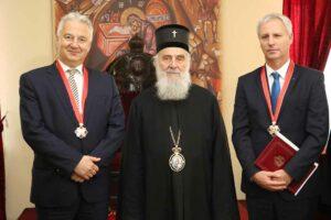 Le patriarche de Serbie décerne une haute distinction au vice-président hongrois