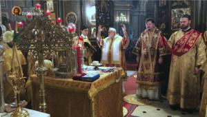 Vidéo de la divine liturgie en mémoire de toutes les victimes de la répression bolchevique et de la guerre civile en Russie