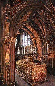 Paris : pèlerinage annuel au tombeau de sainte Geneviève