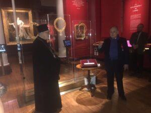 Mgr Jean de Charioupolis décoré chevalier de l'ordre national du Mérite