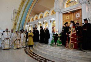 Allocution du primat de l'Église orthodoxe d'Albanie, l'archevêque Anastase, à l'issue de la liturgie concélébrée avec le patriarche de Moscou le dimanche 29 avril à Tirana