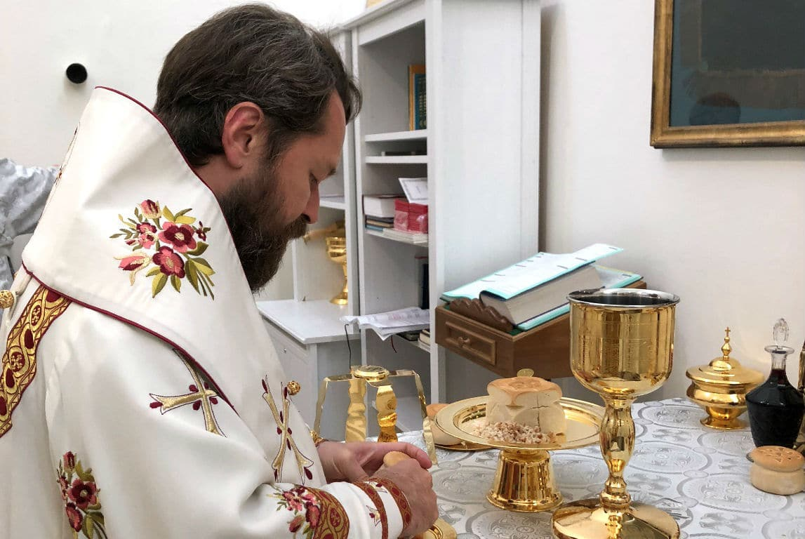 Metropolitan Hilarion celebrated The Divine Liturgy in the new Paris Cathedral
