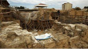 Des travaux d'excavation commencent sur le lieu du monastère de Saint-Hilarion, situé sur la bande de Gaza