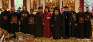 Remise des diplômes au Séminaire orthodoxe de la Sainte-Trinité à Jordanville (États-Unis)