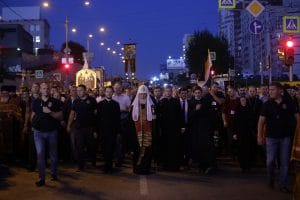 100,000 people at the Divine Liturgy and the procession to celebrate the 100th anniversary of the Royal Family martyrdom