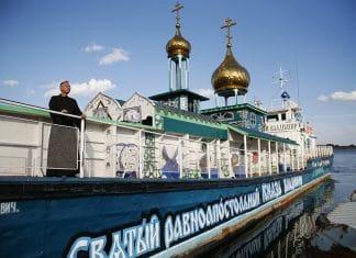 «Pourquoi les Russes transforment des bateaux et des trains en églises»