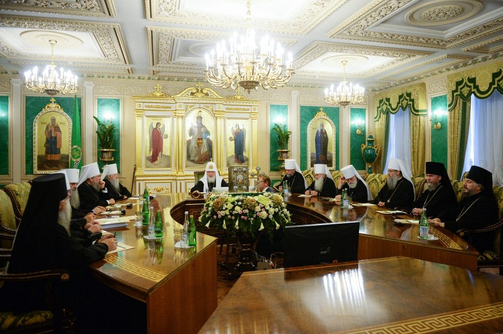 The Holy Synod of the Russian Orthodox Church met to discuss about the exarchs sent by Constantinople to Kyiv