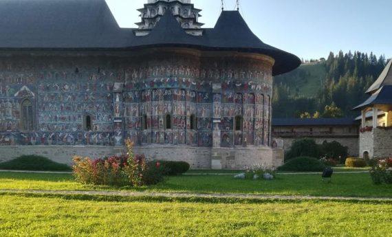 "Film: ""Romania, the sacred beauty of painted monasteries"""