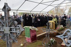 Au monastère de Pukhtitsa (Estonie) a eu lieu l'exhumation des reliques de la sainte bienheureuse Catherine (Malkov-Panine)