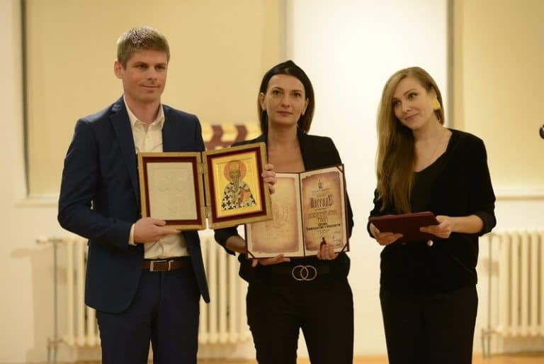 """Double award for the French documentary """"Kosovo: Christians at risk"""""""