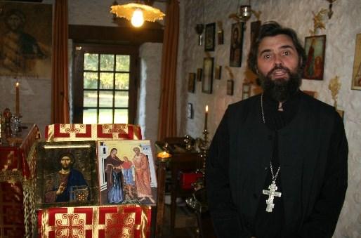 saint martin de conn e p re paul pr tre orthodoxe en mayenne. Black Bedroom Furniture Sets. Home Design Ideas