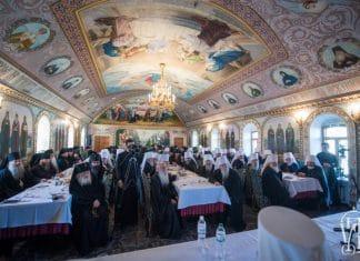 La réunion, prévue le 13 novembre, de l'épiscopat de l'Église orthodoxe d'Ukraine avec le président Porochenko n'a pas eu lieu