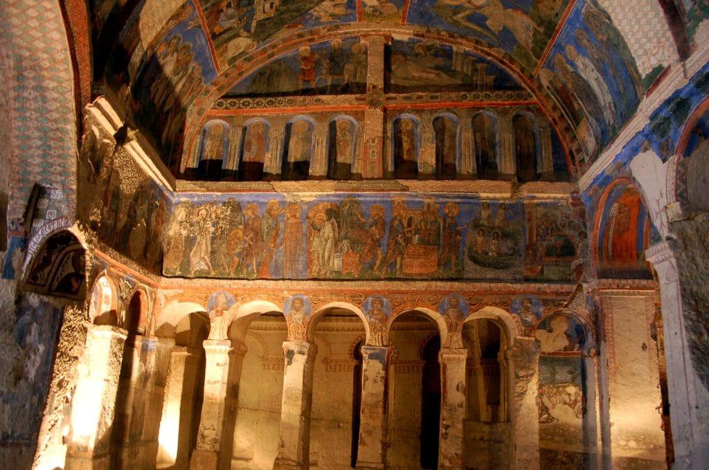 Une église millénaire est restaurée en Cappadoce