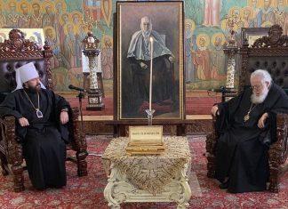 Des reliques d'une sainte géorgienne qui a longtemps vécu en Russie ont été offertes à l'Église de Géorgie