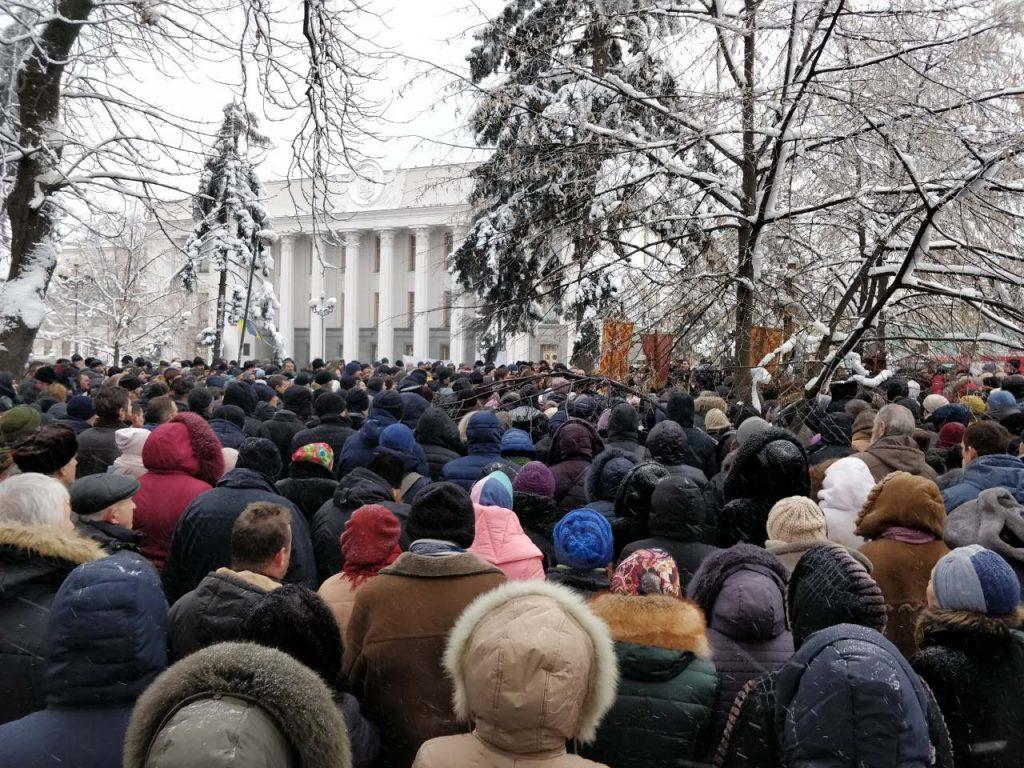 Une première loi discriminatoire à l'égard de l'Église orthodoxe d'Ukraine a été votée hier par le Parlement ukrainien